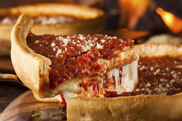 La deep dish pizza