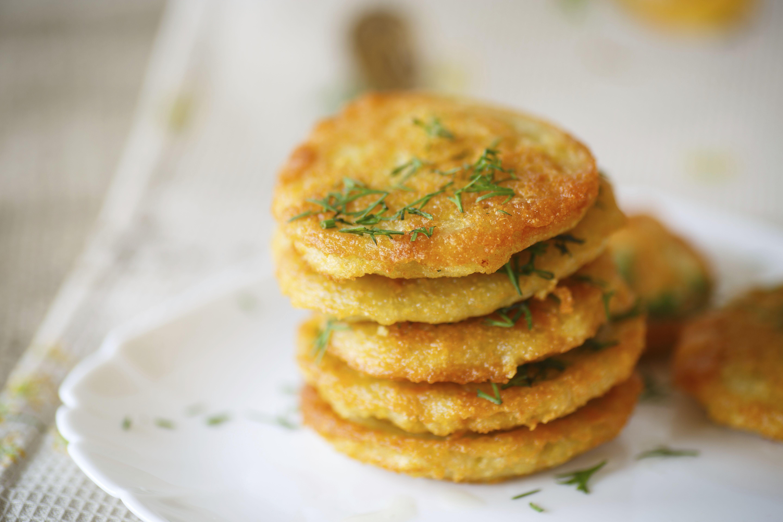 Frittelle di patate croccanti fritte 4 7 5 for Ricette con patate