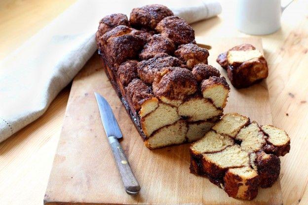 Come preparare il Monkey Bread (brioche alla cannella e cioccolato)