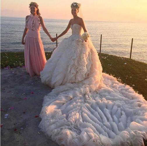 Vestiti Da Sposa Piu Belli Del Mondo.Il Vestito Da Sposa Piu Bello Del Mondo E Quello Di Giovanna Battaglia
