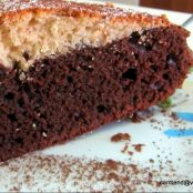 Torta yogurt naturale e cioccolato