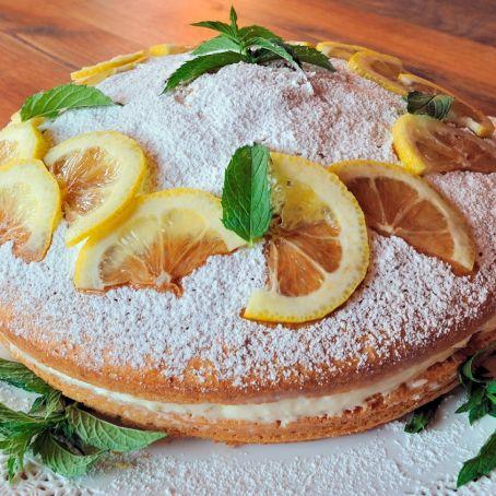 Ricetta torta ripiena di crema al limone