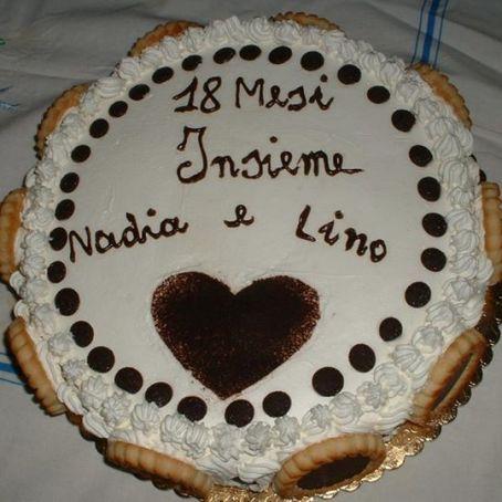 Torta Di Anniversario Con Crema Di Ricotta E Gocce Di Cioccolato