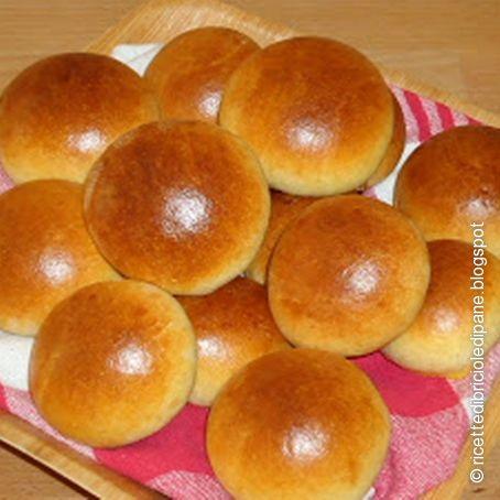 Ricetta di panini dolci al latte