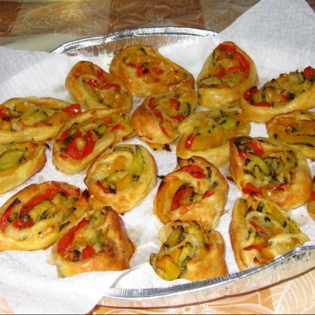 Favoloso Rotolini di pasta sfoglia vegetariani - (3.2/5) JX22
