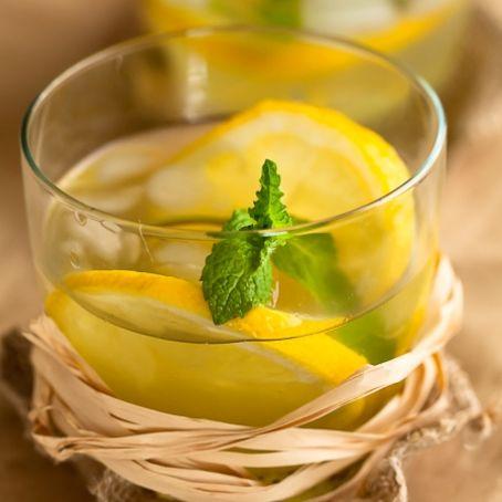 Ricetta Limonata Con Menta.Limonata Alla Menta