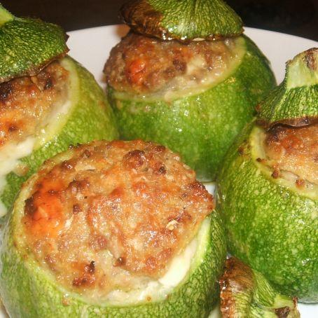 Ricetta Zucchine Ripiene Di Carne Al Sugo.Zucchine Ripiene Di Carne 3 9 5
