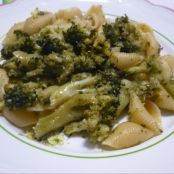 Pasta broccolosa