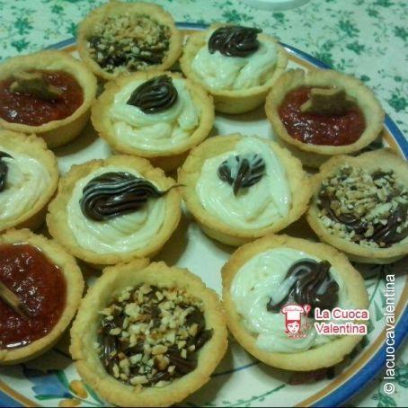 Cestini Di Pasta Frolla Con Marmellata Nutella E Crema Pasticcera 3 4 5