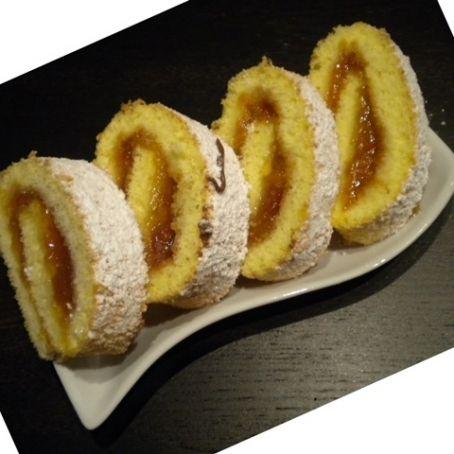 Ricetta Pan Di Spagna Rotolo.Rotolo Di Pan Di Spagna Ripieno Di Marmellata 3 8 5