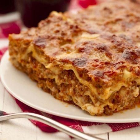 Lasagne alla bolognese (ricetta di Natale) - (3.2/5)