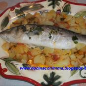 Spigola all'acqua pazza e patate