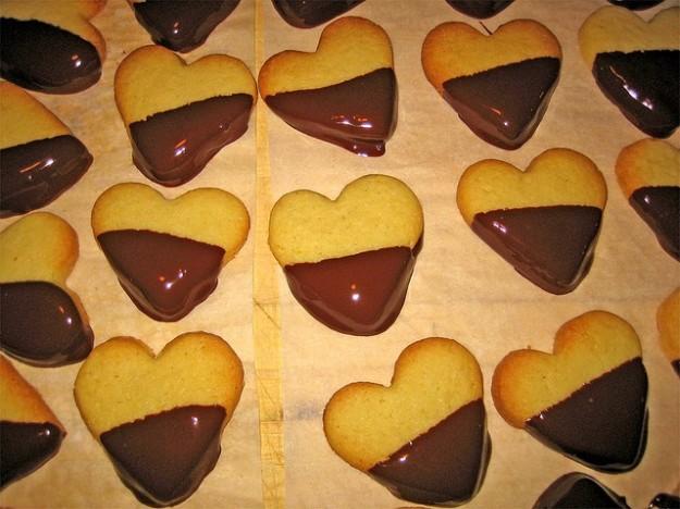 Biscotti ricoperti al cioccolato - (3.8/5)