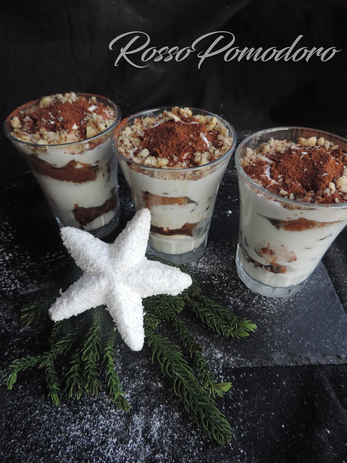 Ricetta Tiramisu Allo Yogurt Greco.Bicchierini Di Tiramisu Con Yogurt Greco E Panna Freddi Dolciaria 4 5