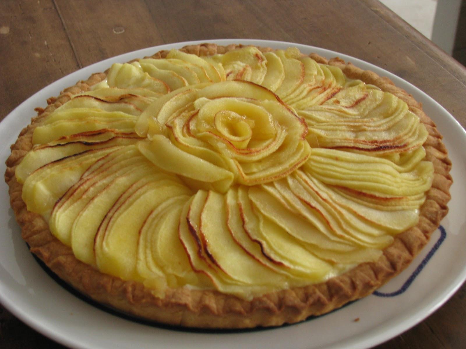 Crostata ricoperta di mele in molti modi for Crostata di mele