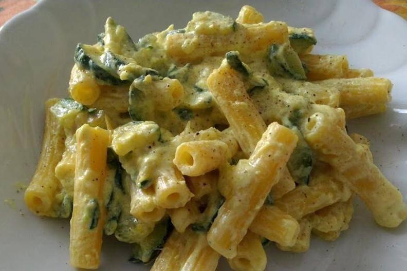Pasta ricotta e zucchine 3 5 for Ricette con la pasta