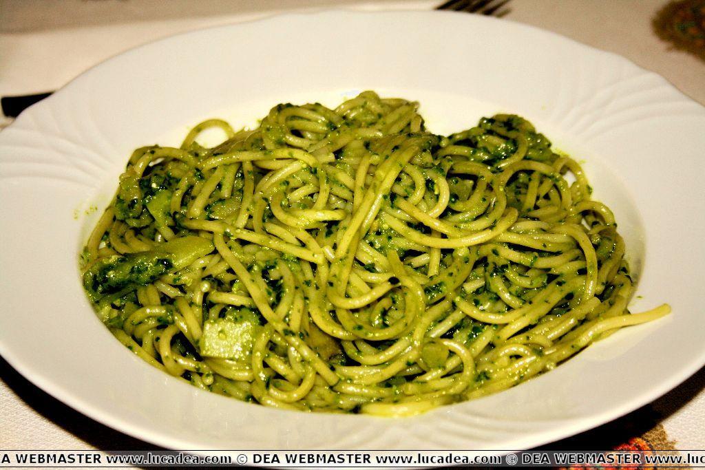 Ricette pasta con pesto alla genovese