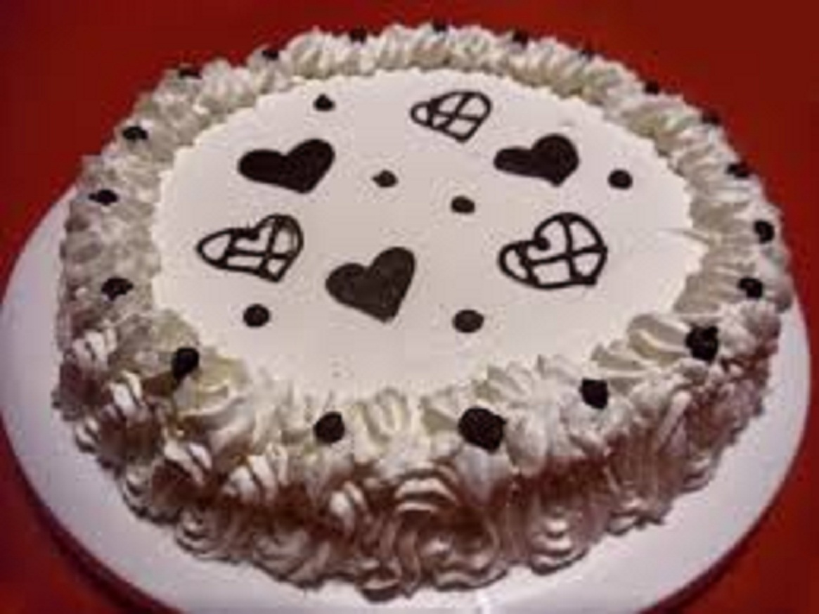 Ricette di torta con panna e nutella for Decorazioni torte uomo con panna